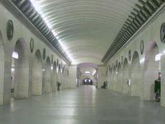 Уникальные системы оповещения установили в метро Санкт-Петербурга