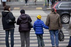 На многополосных дорогах больше не будет нерегулируемых пешеходных переходов