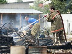 Добровольцы-пожарники появились на острове Ямал
