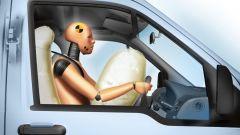 Безопасность автомобилей улучшается
